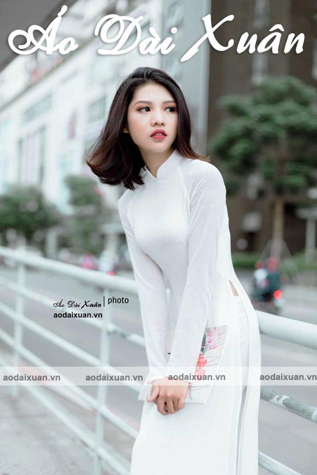 áo dài trắng 4 tà vải lụa cát - 200703